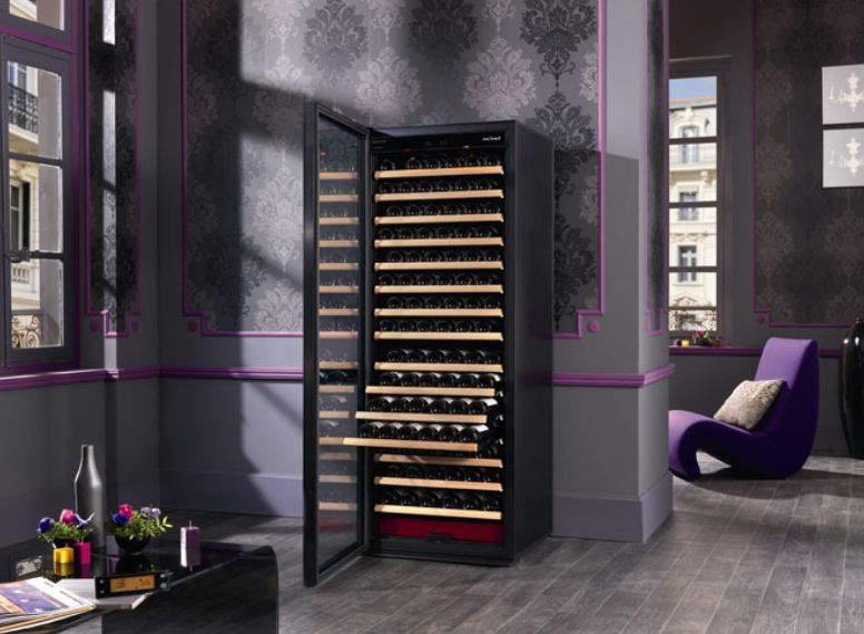 cave vin comparatif avis et guide d 39 achat en 2017. Black Bedroom Furniture Sets. Home Design Ideas